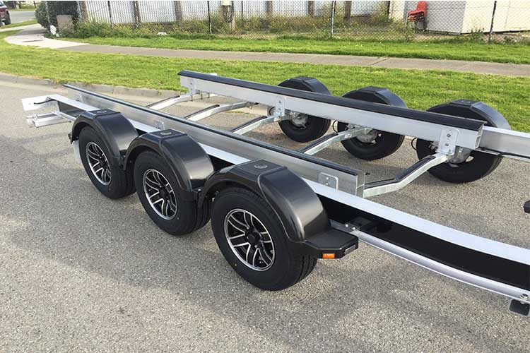 savage-trailers-eastern-alloy-roxom1
