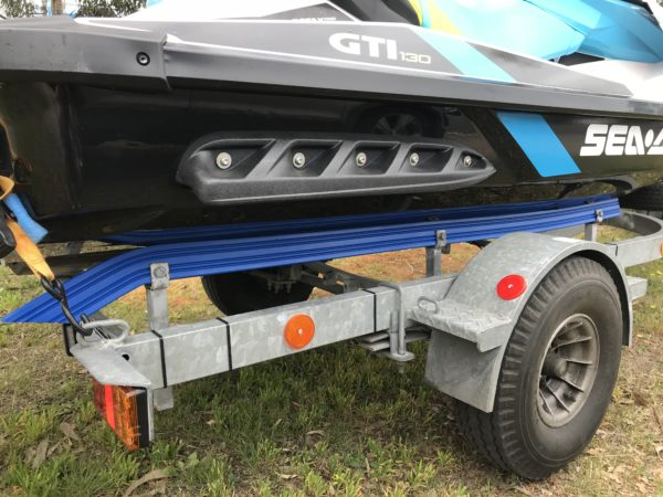 jet-ski-bunks-r-side